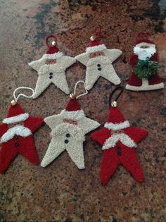 Résultat d'images pour Free Punch Needle Embroidery Patterns Rug Hooking Designs, Rug Hooking Patterns, Punch Needle Patterns, Christmas Crafts, Christmas Ornaments, Red Christmas, Xmas, Craft Punches, Penny Rugs