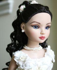 Ellowyne Wilde Soft Sigh Partial Repaint Doll
