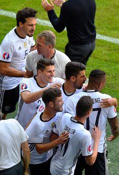 Die Jungs celebrate Boateng's goal Euro 2016 vs Slovakia