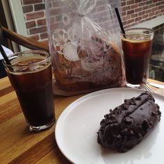 Just taste testing for research  #분더브레드 #쇼콜라브레드 #아메리카노 #부산 #부경대 #경성대 #boonthebread #cafe #bakery #icedamericano #chocolatepastry
