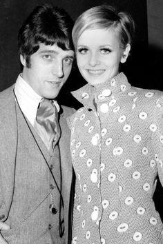 "theswinginsixties: "" Twiggy with her boyfriend and manager Justin de Villeneuve. Sixties Fashion, Mod Fashion, Fashion Models, Vintage Fashion, Sporty Fashion, Fashion Women, Style Fashion, Musical Hair, Swinging London"