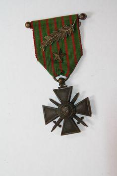 croix de guerre 1914 1916  deux  citations: une  palme bronze et une étoile bronze