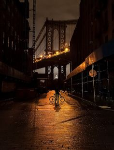 Manhattan Bridge, NEW YORK    http://www.amazon.com/Got-Any-Kahlua-Collected-Recipes/dp/1478252650