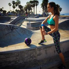 VSX Sport | Cute fitness apparel | athletic apparel for women | Workout clothes | Running clothes | yoga clothes @ http://www.FitnessApparelExpress.com