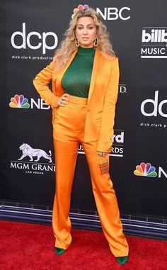 Celebrity Gossip, Celebrity Style, Celebrity News, Scotty Sire, Las Vegas, Kelly Fashion, Tori Kelly, Terry Crews, Lauren Daigle