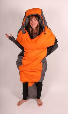 The Sleepwalker: A Mobile Sleeping Bag Experience #fashion #camping #sewing #sleep #mobile #outdoors