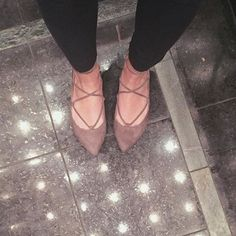 Steve Madden LECREW Flats (Taupe)