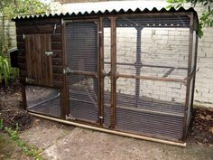 How to Build a Chicken Coop – Design Your Own Or Use Ready-Made Poultry Shed Plans? Cheap Chicken Coops, Mobile Chicken Coop, Chicken Coop Signs, Chicken Coop Run, Portable Chicken Coop, Backyard Chicken Coops, Building A Chicken Coop, Building A Shed, Chicken Feeders