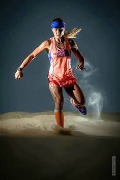 Fernanda Maciel y The North Face (Foto: Green Pixel) The North Face, Running Inspiration, Fitness Inspiration, Trail Running, Long Distance Running Tips, Barefoot Running, Sporty Girls, Running Workouts, Training