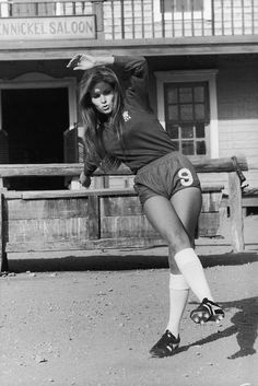 Raquel Welch in a Chelsea kit? WE HAVE ALWAYS BEEN BRITAIN'S SEXIEST CLUB.....