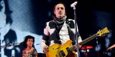 "Arcade Fire Perform ""Vampire/Forest Fire"" in Rare 2002 Footage /Por #HYPE #HYPEméxico"