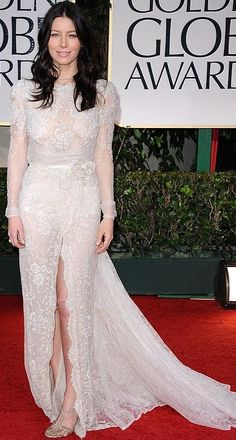 Who made Jessica Biels white lace long sleeve gown that she wore to the 2012 Golden Globe Awards in Beverly Hills?