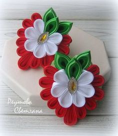 Фотографии на стене Светланы Ribbon Art, Ribbon Crafts, Flower Crafts, Felt Crafts, Diy And Crafts, Cloth Flowers, Felt Flowers, Fabric Flowers, Paper Flowers