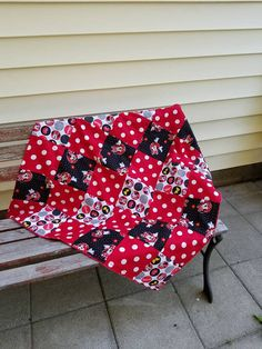 Items similar to Minky blanket   patchwork blanket   black red white blanket   baby minky blanket   Minnie mouse crib set on Etsy c757cf5c6