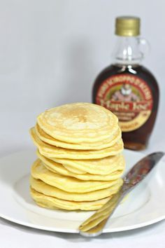 La ricetta perfetta dei pancake, le frittelline americane che tutti vorremmo ogni giorno a colazione. Fruit Recipes, Sweet Recipes, Happy Foods, Pancakes And Waffles, Sweet And Salty, Cake Cookies, My Favorite Food, Finger Foods, Italian Recipes