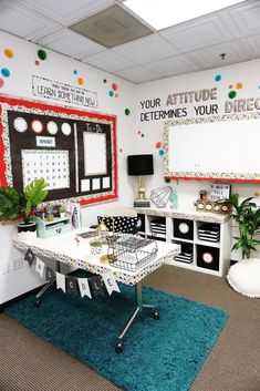 43 Modern Classroom Design Ideas For Back To School To Try Asap - Classroom furniture can do more for students then just give them a flat surface to write on or a place for them to sit; it can also help you more effe. Modern Classroom, Classroom Setting, Classroom Design, Classroom Displays, Art Classroom Layout, Middle School Classroom, Math Classroom, Classroom Themes, Future Classroom