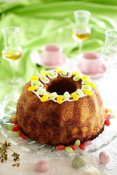 An Easter Chocolate Cake Chocolate Easter Cake, Finnish Recipes, Brunch Party, Easter Recipes, Easter Food, Cheesecake, Food And Drink, Pudding, Baking