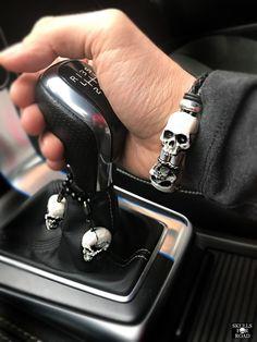 motoskulls bracelet with skulls car pendant original design with black leather