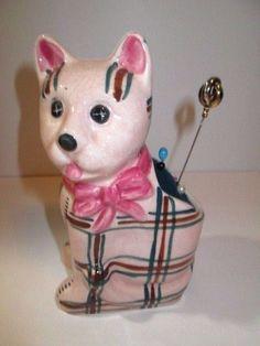 VINTAGE PIN CUSHION PINK PLAID PATTERN CAT KITTY 1960'S MID CENTURY & HAT PINS