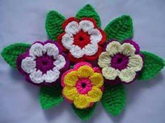Crochet flowers ☀cq crochet crafts how to diy by malinda Crochet Puff Flower, Crochet Leaves, Knitted Flowers, Crochet Flower Patterns, Crochet Motif, Diy Crochet, Crochet Crafts, Yarn Crafts, Crochet Projects