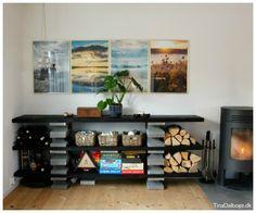 I min brevkasse (med indretnings- og gør det selv-tips) i Jyllands-Posten, viser jeg i dag hvordan du kan bygge en reol op af fundablokke. Der blev købt ti fundablokke i 15x20x50 cm og ni stykker s… Diy Furniture, Liquor Cabinet, Diy Home Decor, Flat Screen, Living Room, Cool Stuff, Storage, Tips, Tv Storage