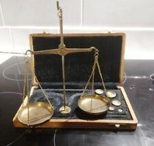balance de changeur en vente | eBay Balance Roberval, Instruments, Ceiling Lights, Lighting, Ebay, Home Decor, Crates, Wooden Ice Chest, Wrought Iron