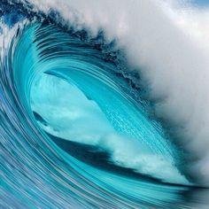 Photography Tutorial and Ideas Water Waves, Sea Waves, Waves Photography, Nature Photography, Beautiful Ocean, Amazing Nature, Image Bleu, Ocean Pictures, Ocean Wallpaper