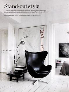 Modern Furniture Design - Arne Jacobsen Egg Chair In Black Leather - Living Room Chairs Poltrona Design, Interior Inspiration, Design Inspiration, Design Ideas, Design Trends, Black And White Interior, Black White, Pure White, Home Decor
