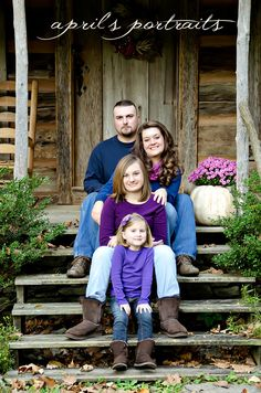 I like how they are sotting on stairs. I don't like how the mom is leaning out bit everyone else is perfectly straight. The dad could lean put the other side. - fall family photo ideas | fall family photo | Photography ideas and tips