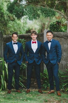 Timeless-Natural-Wedding-Groom-Groomsmen-Suit-Style