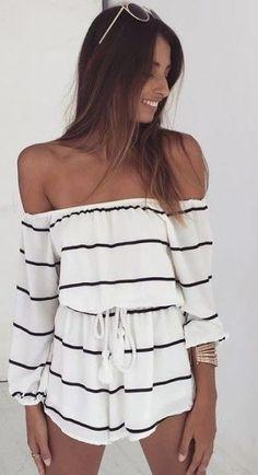 Summer look | Off the shoulders striped romper