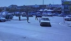 Watch: Local jewel thief left behind after getaway car speeds off  This robber got betrayed by his own partners in crime. https://www.thesouthafrican.com/watch-local-jewel-thief-left-behind-after-getaway-car-speeds-off-video/