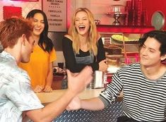 Lili, Cole, Cami and KJ filming for Netflix. Netflix Promo, New Netflix, Lili Reinhart, New Riverdale, Riverdale Netflix, Betty & Veronica, Cole Spouse, Archie And Betty, Cw Tv Series