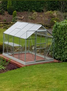 Beautiful Vitavia Venus 5000 with 1 tier staging. Installed in Sheffield on 08.02.2018.