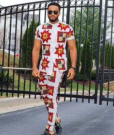 Asoebi Men fashion outfit is a common trend between many men and guys this days, especially when owanbe is involved. See our 2019 Asoebi Men Outfit Ideas. African Wear Styles For Men, African Shirts For Men, African Dresses Men, Ankara Styles For Men, African Attire For Men, Ankara Dress Styles, African Clothing For Men, Mens Clothing Styles, Men's Clothing