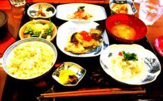 ランチはカワハギの煮付けや白菜巻など。ご飯は茶めしです。薄味だけどいい出汁が効いてました~(^ー^)ノ