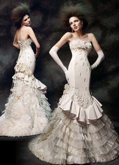 Gothic Wedding Dresses600 x 830101.8KBbrideorama.com