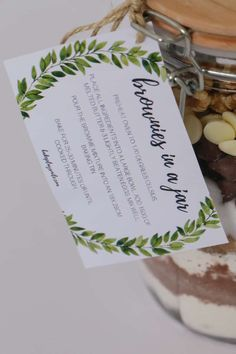 'Brownies in a Jar' make the perfect homemade gift for a teacher, friend or neighbour. Includes a free printable recipe label gift tag. Free Printable Gift Tags, Printable Recipe, Brownies In A Jar, Baking Tins, Baking Recipes, Dessert Recipes, Desserts, Bakers Gonna Bake, Christmas Cooking