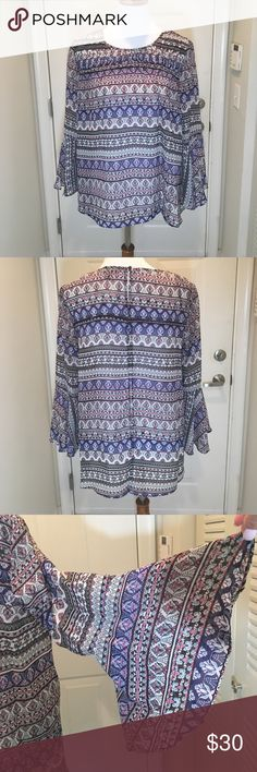 Jessica Simpson bohemian top L NWT  bell long sleeve one button at neck sleet in the back bottom 100% polyester Jessica Simpson Tops Blouses