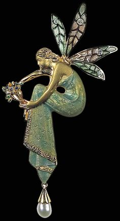 Brooch original Art Nouveau jewelry handcrafted in Barcelona, Catalonia  Artist and goldsmith Josep Arquer 100 year old designs are still hand crafted in 18 kt. Gold from the original models.
