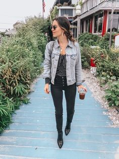 Best Winter Style Ideas For Jean Jacket 10 Pretty Outfits, Fall Outfits, Cute Outfits, Fashion Outfits, Fashion Trends, Stylish Outfits, Girly Outfits, Beautiful Outfits, Dark Jeans Outfit