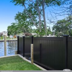 Black PVC Vinyl Privacy Fencing Panels from Illusions Vinyl Fence are the Perfect Backyard Fence Idea for Your Outdoor Living Space. Awesome pics and images Wood Privacy Fence, Diy Fence, Bamboo Fence, Fence Landscaping, Fence Ideas, Privacy Trees, Timber Fencing, Fence Stain, Fence Art