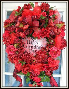 Wreaths: Decorative Door Wreaths, Luxury Christmas Wreaths - Valentine's Day Wreaths - Maplesville, AL