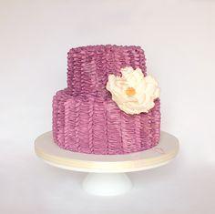 #casamento #bolodosnoivos #violeta #flor