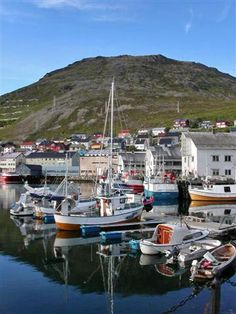 Honningsvåg, 71 North, a photo from Finnmark, North   TrekEarth