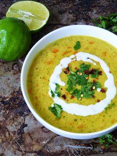 آشپزخانه کوچک من: سوپ کاری و شیر نارگیل December 12, On October 3rd, Vegan Carrot Soup, Cup Of Soup, Coriander Powder, Palak Paneer, Ethnic Recipes, Food, Anime