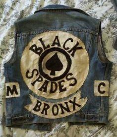 Vintage-70s-street-gang-vest-mc-levis-big-E-motorcycle-club-biker-cut-patch-soa