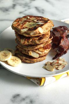 Almond & Ricotta Banana Pancakes   #glutenfree #grainfree