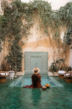 Planning a trip to Marrakech? Check out my Marrakech travel guide with everything you need to know about visiting this beautiful city in Morocco. Le Riad, Riad Marrakech, Marrakech Travel, Moroccan Garden, Moroccan Decor, Small Pool Design, Moroccan Interiors, Plunge Pool, Home Interior Design