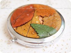 polymer clay front on compact mirror - realistic leaves with 'water drops'